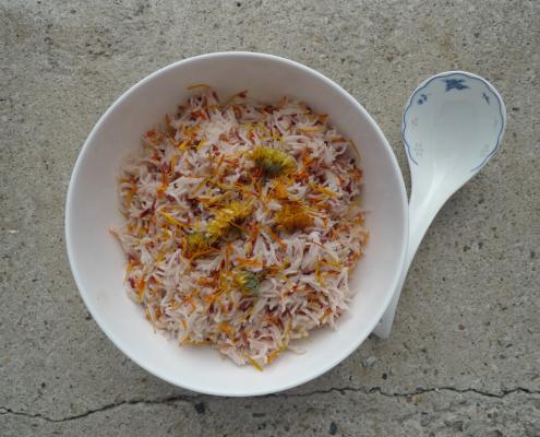 Dušená rýže s alternativním šafránem