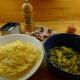 Těstoviny zapečené s kopřivami a se špekem